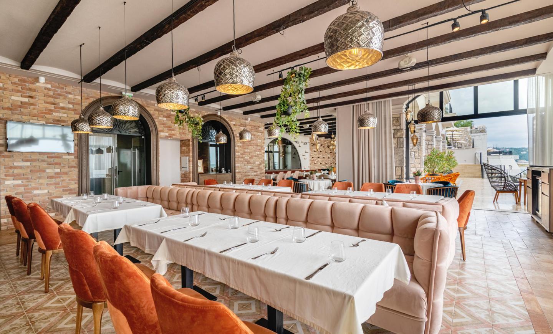 kam skroler Restaurant DSC_4313.jpg
